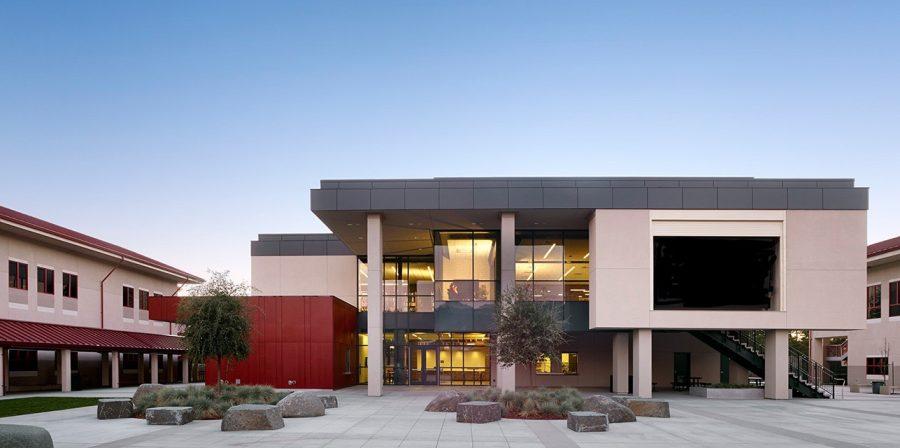 Monte+Vista+High+campus