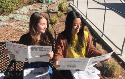 Seniors look at final magazine