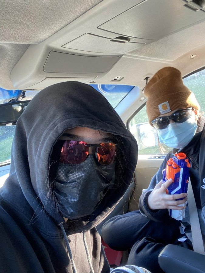 Two students dressed for Assassins game